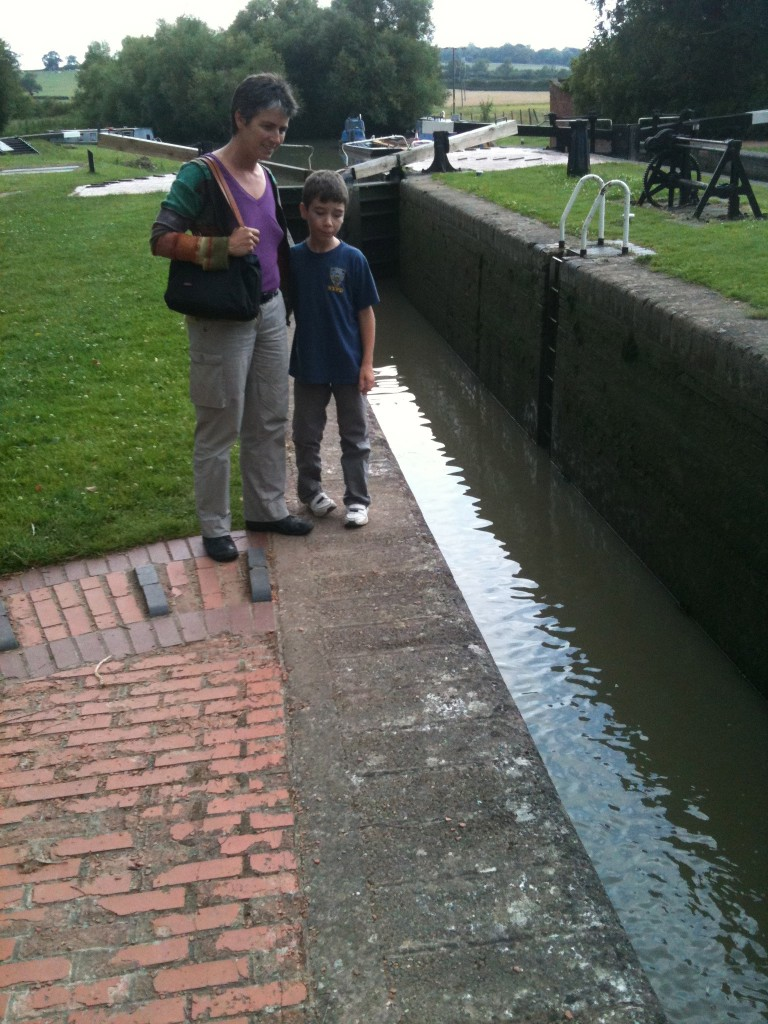 Jennifer and Declan investigate the lock